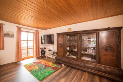 Hochwertiger Wohnzimmerschrank
