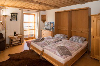 1104 Schrankbetten im Wohnzimmer