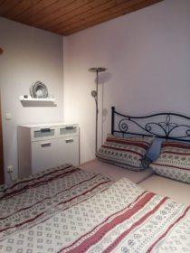1004 Schlafzimmer
